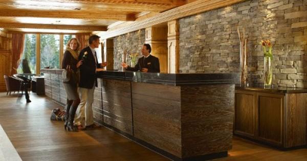 reception albergo